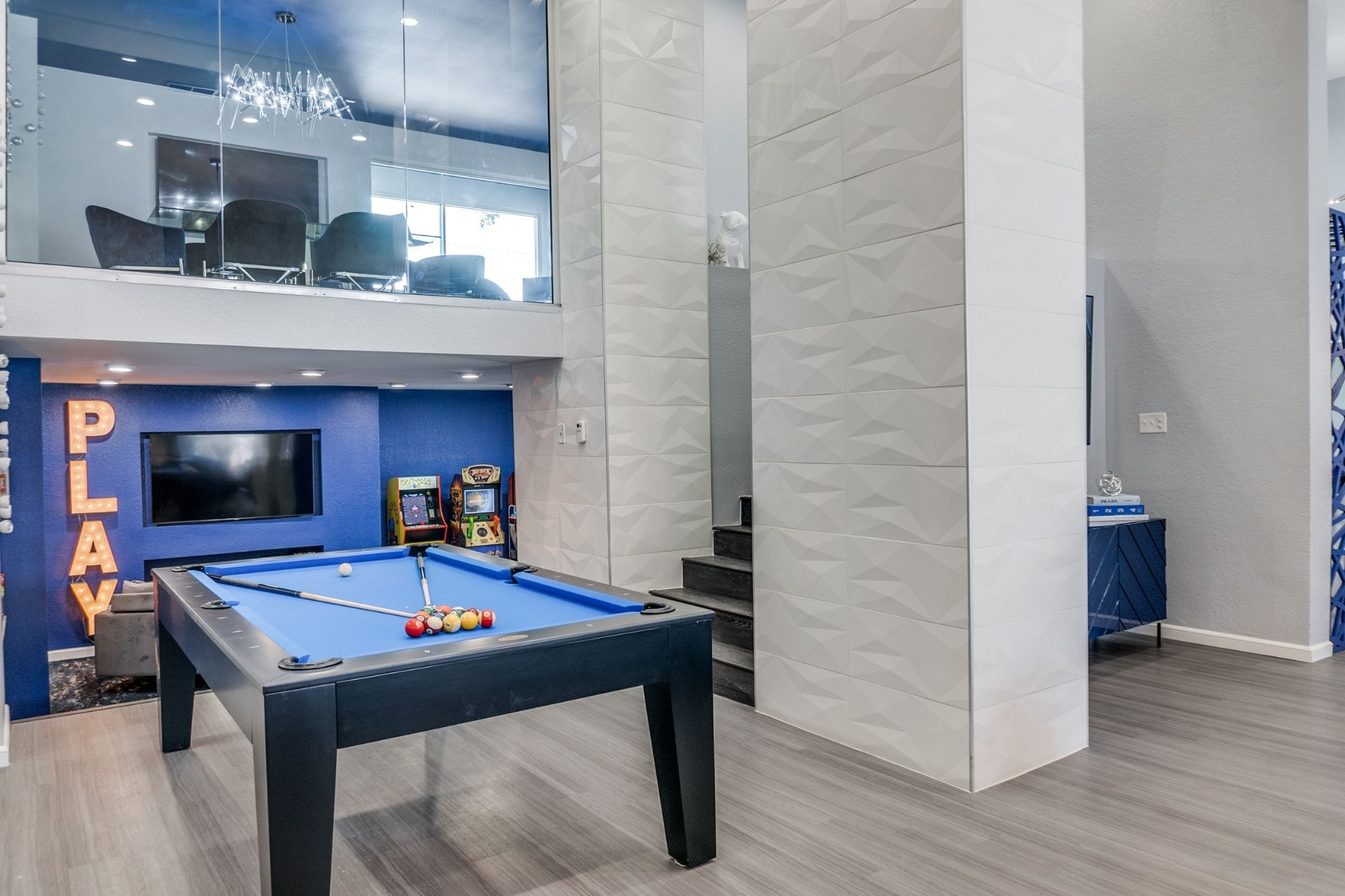 Resident Center with billiards and gaming center in Irving, TX Apartments